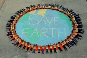 School children take part in an awareness programme on the eve of World Earth Day in Mirzapur, Uttar Pradesh on Tuesday. Photo: PTI