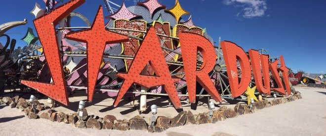 Bảng hiệu Stardust trong Neon Museum